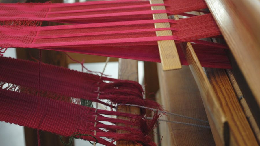 Weaving With Free Patterns And Colors Raulandsakademiet